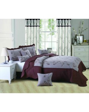 Chocolate Eger bedspread with pillow shams